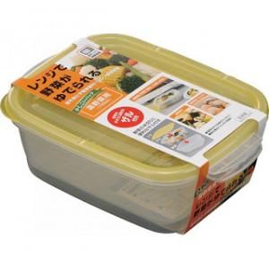 Hộp nhựa đựng thức ăn sản xuất tại Nhật.